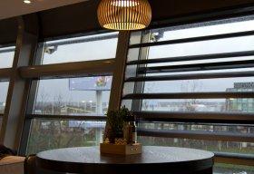 Atto 5000 van Secto Design/TunnelmaDesign in het cafe van het WTC Schiphol