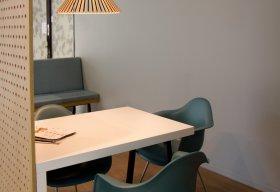 Puncto 4203 armaturen in de koffie corner van het Zaans Medisch Centrum. Project van TunnelmaDesign.